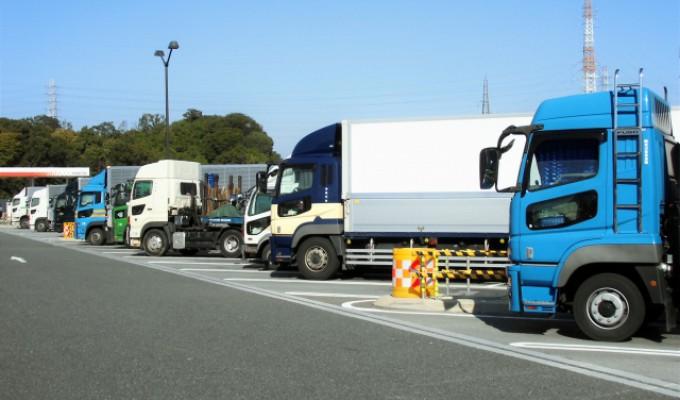 トラックドライバー 転職